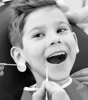 Лечение молочных зубов фото